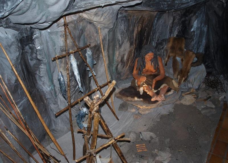 musée reconstitution habitat préhistorique
